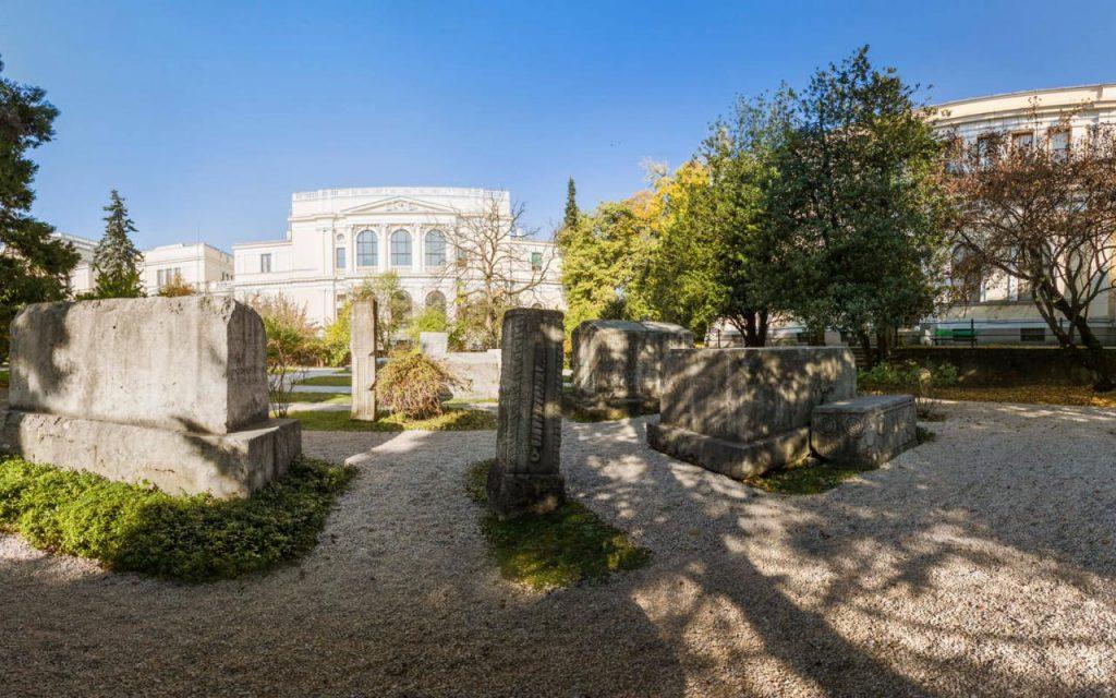 """""""BH Telecom"""" donates 22,000 euro to the National Museum"""