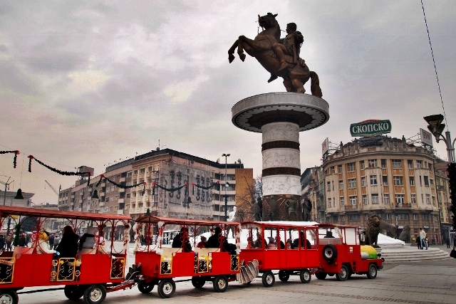If the political crisis continues, there will be a deep economic crisis in FYROM