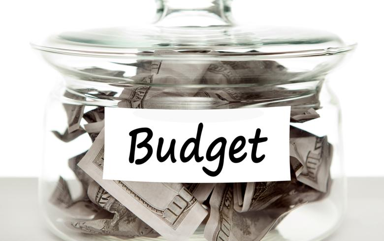 Budget deficit at EUR 687m in 2016, significantly below plans
