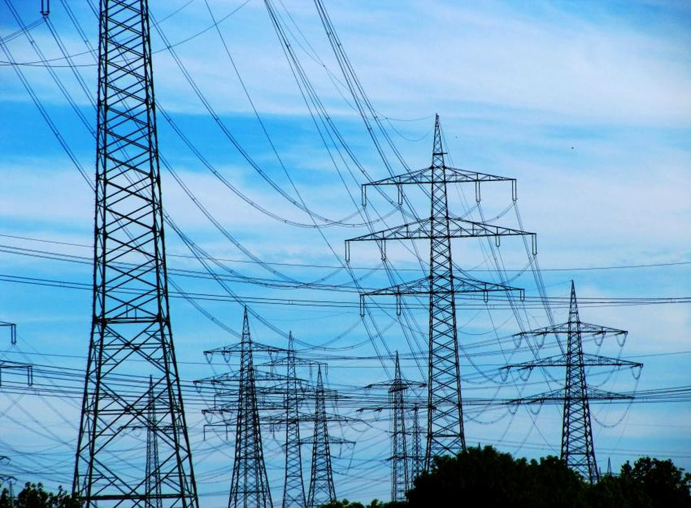 Price of electric power peaks to EUR 100/MWh on the OPCOM spot market