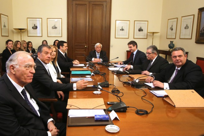 Tsipras to brief political leaders on Cyprus Issue