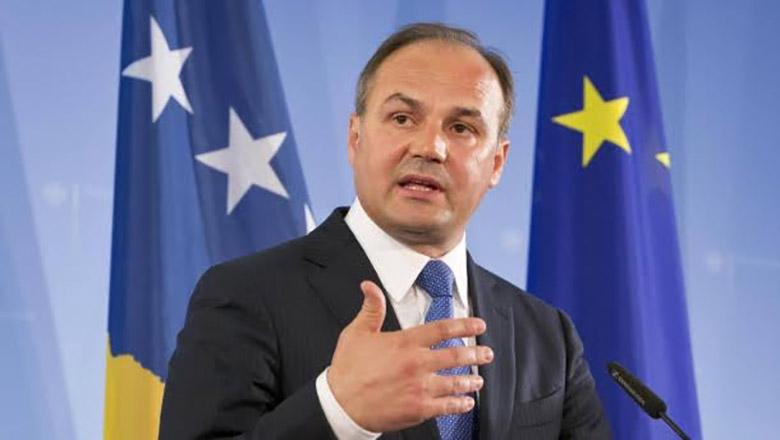 Minister Hoxhaj requests Bosnia to recognize Kosovo