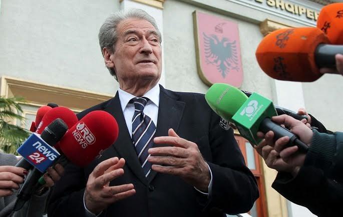 "Soros causes a ""row"" between the EU rapporteur and former PM Berisha"