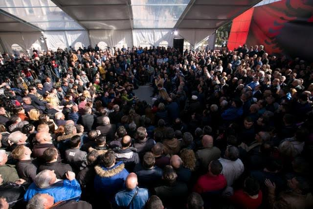 Right wing opposition in Albania has launched an action to overthrow the government of the left wing Prime Minister Edi Rama