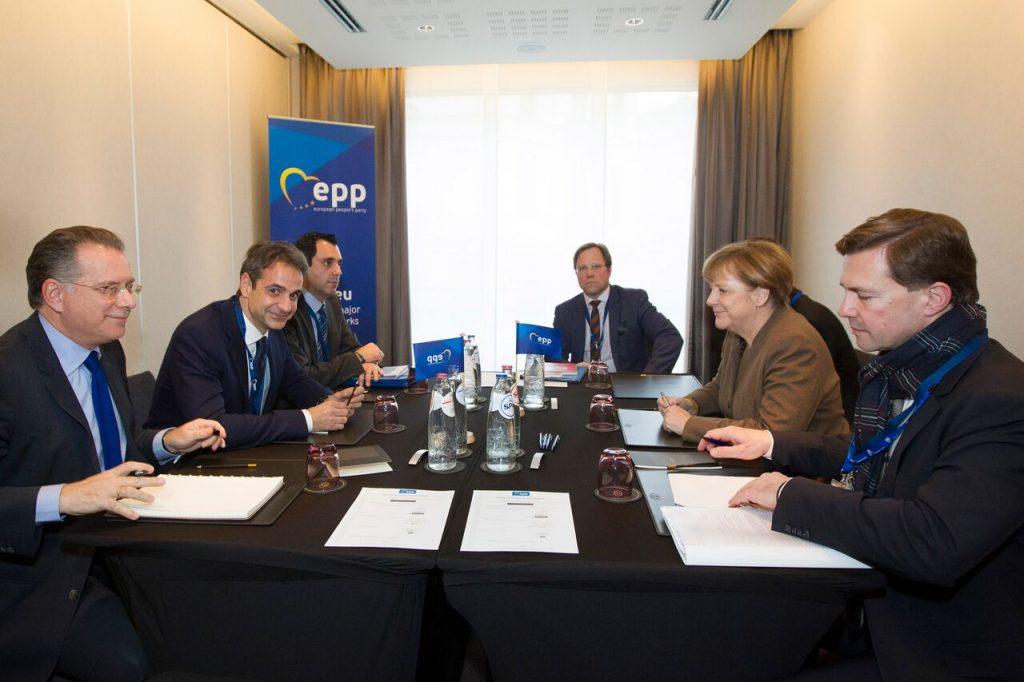 Mitsotakis met Schaeuble and businessmen in Germany