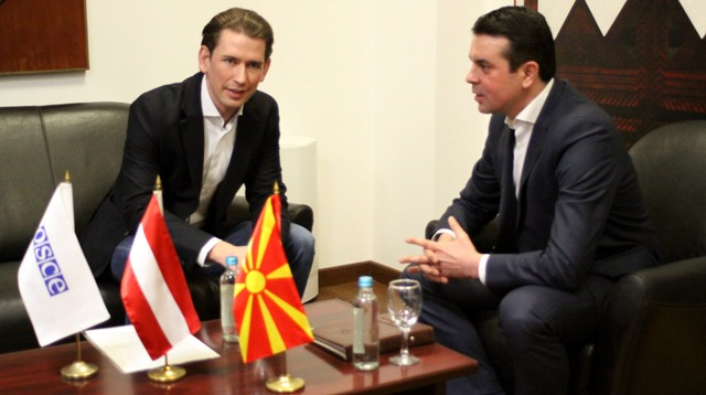 Kurz in FYROM: Political leaders must decide on the government
