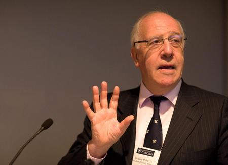 Former UK ambassador proposes Serbia territories exchange
