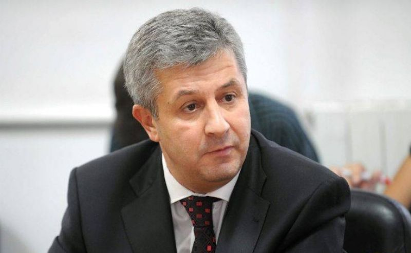 USR MPs interrupt Iordache during press statement about explanations on emergency ordinance