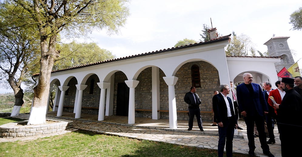Authorities in Albania offer concessions to religious institutions