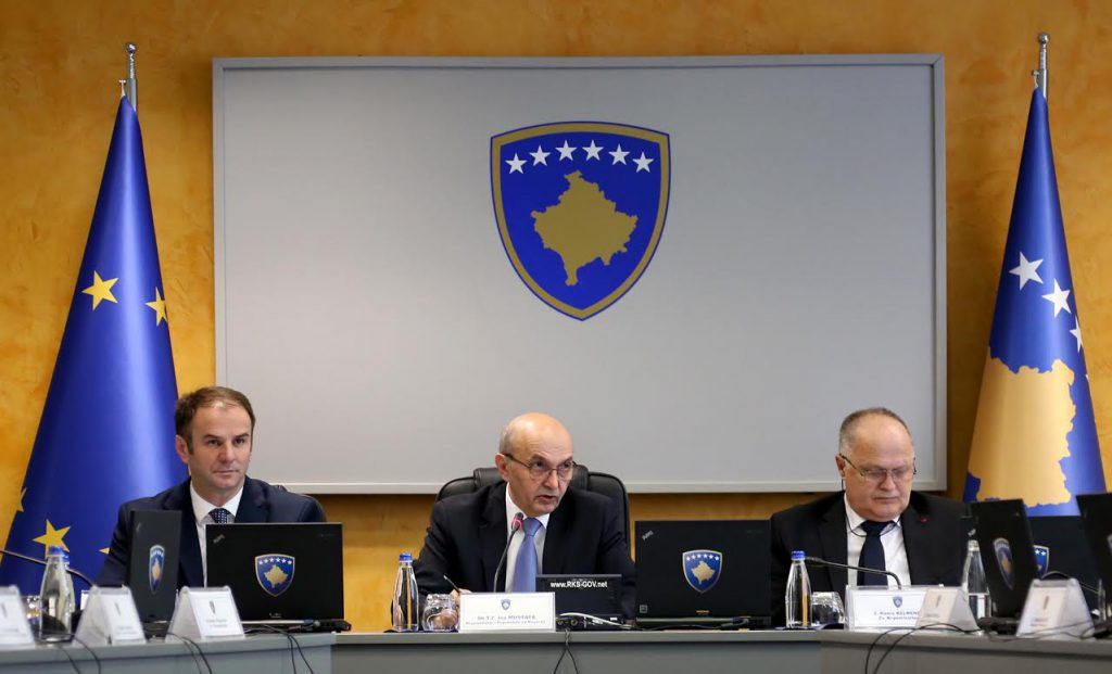 Kosovo's government approves the 2016 financial report