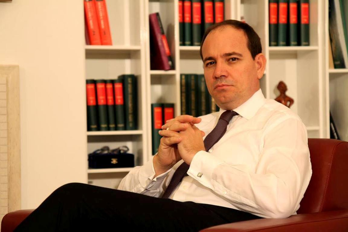 """IBNA Analysis/The president considers the political situation in Albania to be """"very tense"""""""