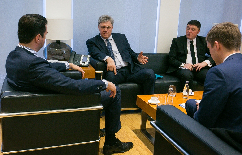 Albanian opposition asks Russia to recognize Kosovo's independence