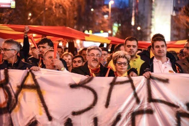 Protests, violent incidents and journalists beaten in Skopje