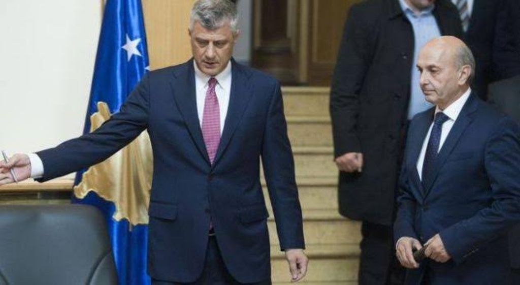 Are there problems with the governing coalition in Kosovo?