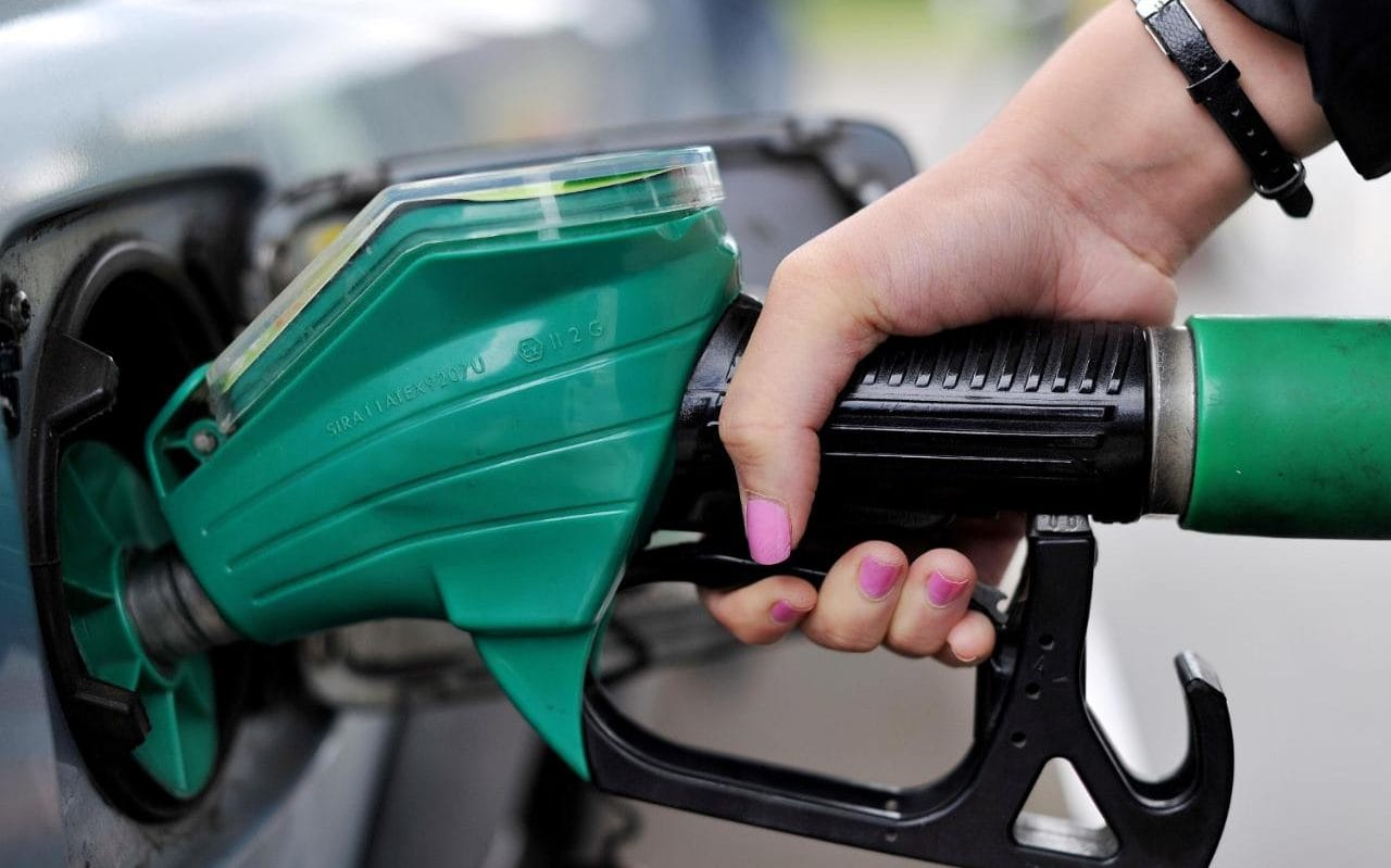 Government renews licenses for petrol stations, prices expected to be affected