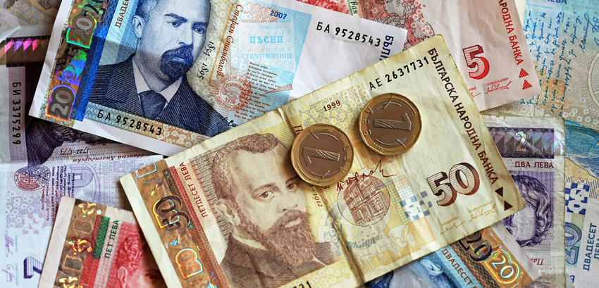 Bulgarians' household income up by 1.5 time in past eight years – but spending has risen at the same rate
