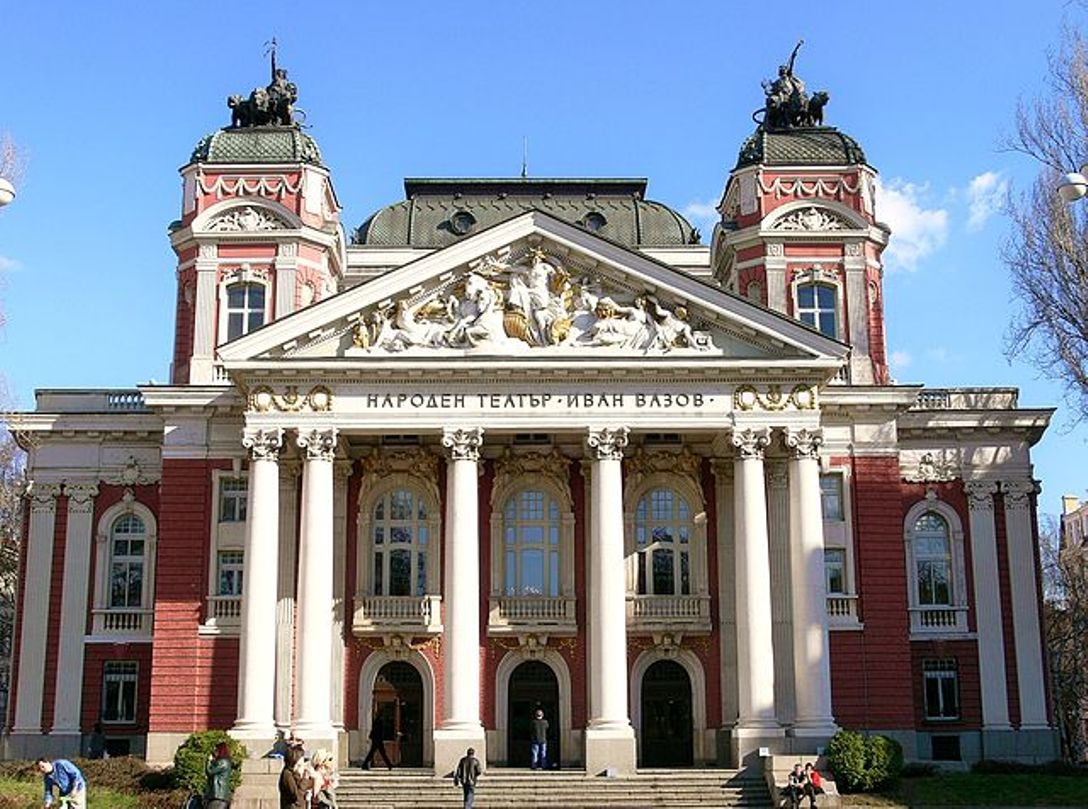 Attendance at theatre performances in Bulgaria rose in 2016 – annual report