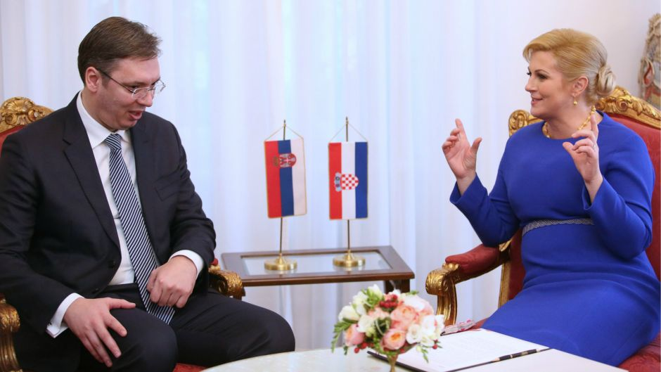 """Vucic meets with Croat counterpart: """"Much burdens our ties"""""""