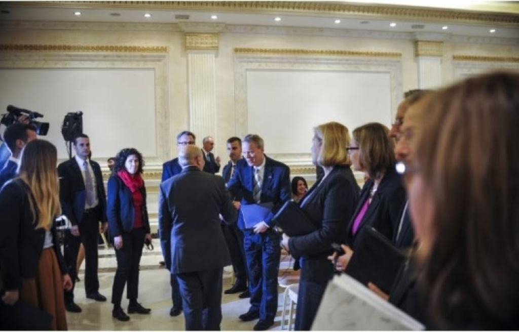 Agreement for loan guarantees is signed with all banks in Kosovo