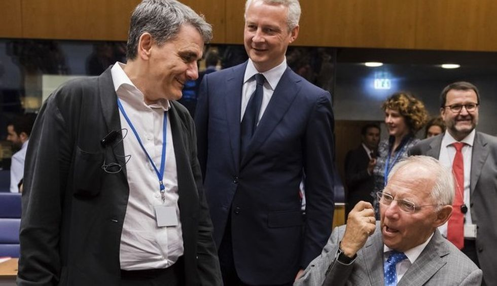 Greece clinches 8.5 bln euro bailout tranche at Eurogroup meeting