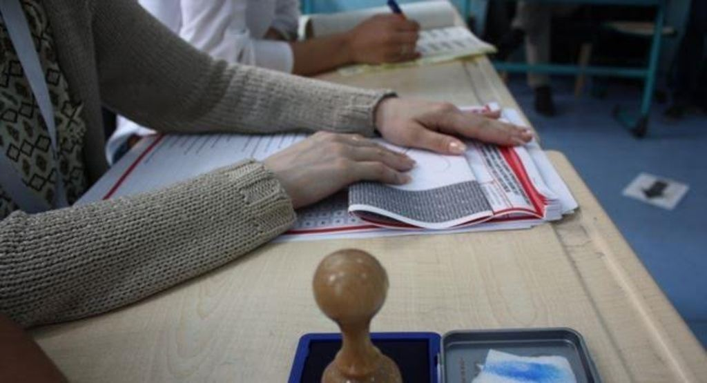 Polling stations in Kosovo close