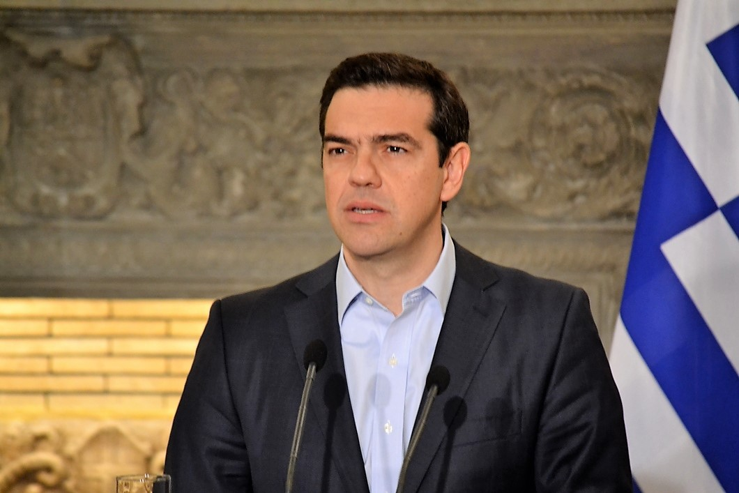 Tsipras changes course and makes autumn new milestone