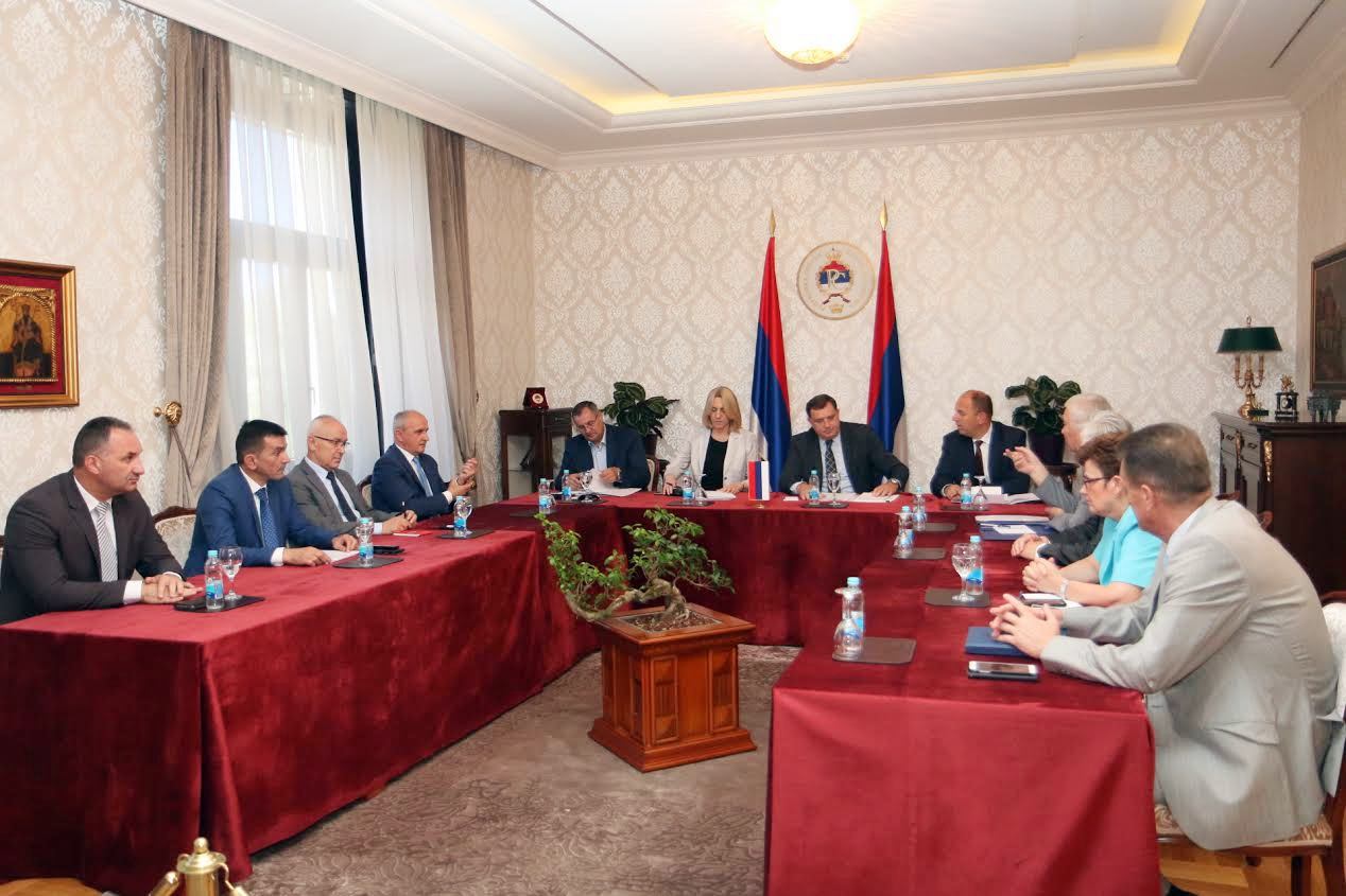 Ruling coalition stands united, Dodik says
