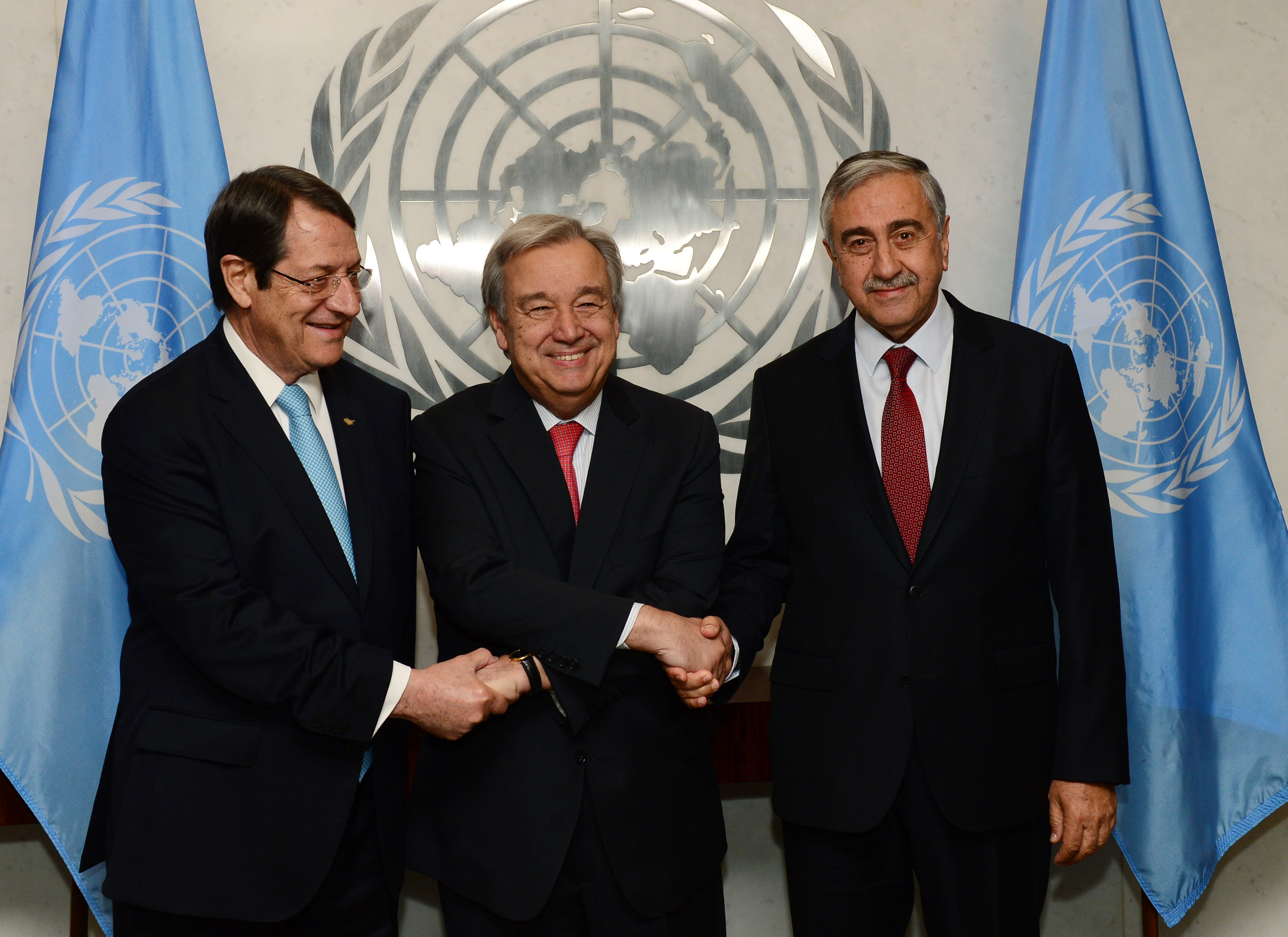 President Anastasiades met with the Secretary-General of the UN and the T/C leader, in New York, Sunday