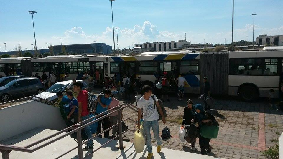 Refugees, migrants evacuated from Elliniko