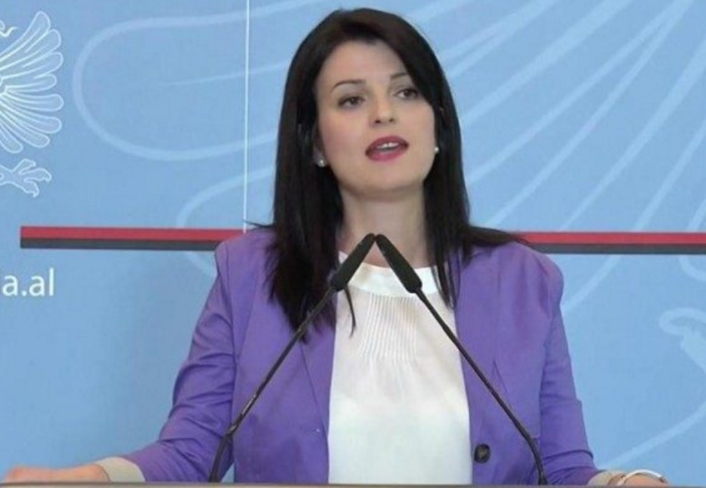 Public servants in Albania are not allowed to participate in the election campaign