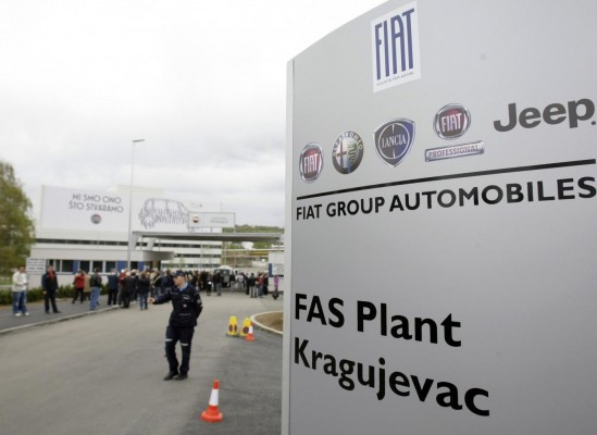 Fiat employees in Serbia discontinue strike, talks started