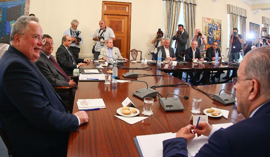 The President of the Republic presided over a National Council meeting in the presence of the Greek Foreign Minister