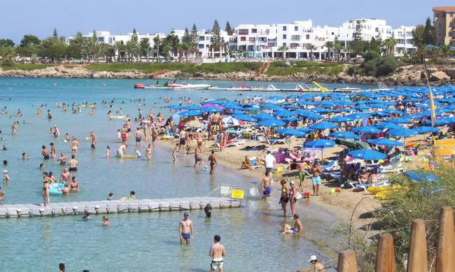 The upward trend of Cyprus' tourism continues – record arrivals in June and first half of 2017