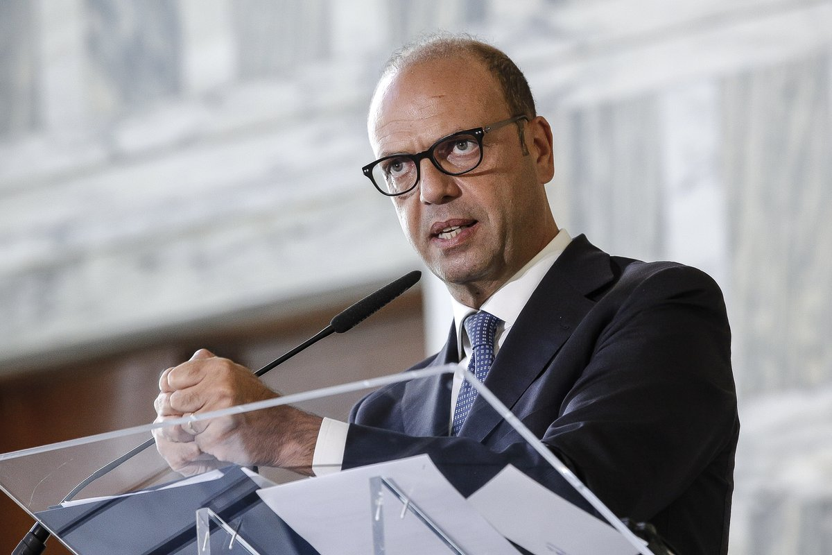 Italian FM on arbitration: Italy for dialogue between Slo and Cro