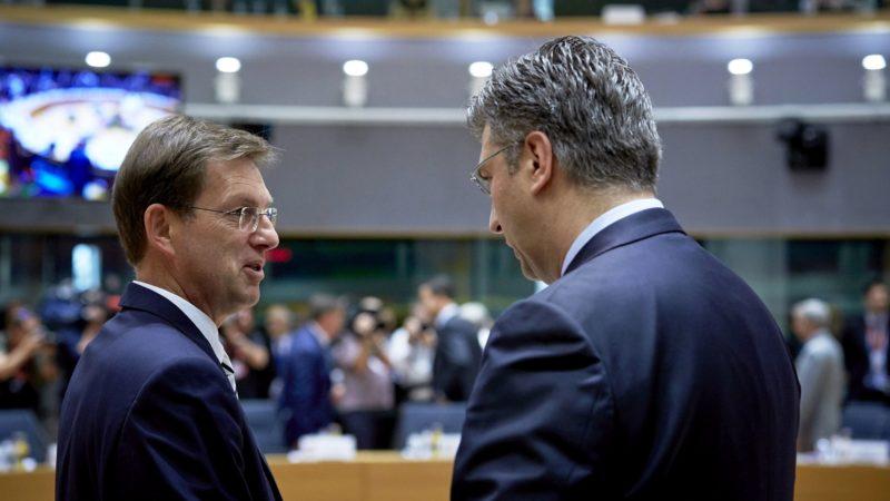 PM Cerar hosting Croatian counterpart to discuss border
