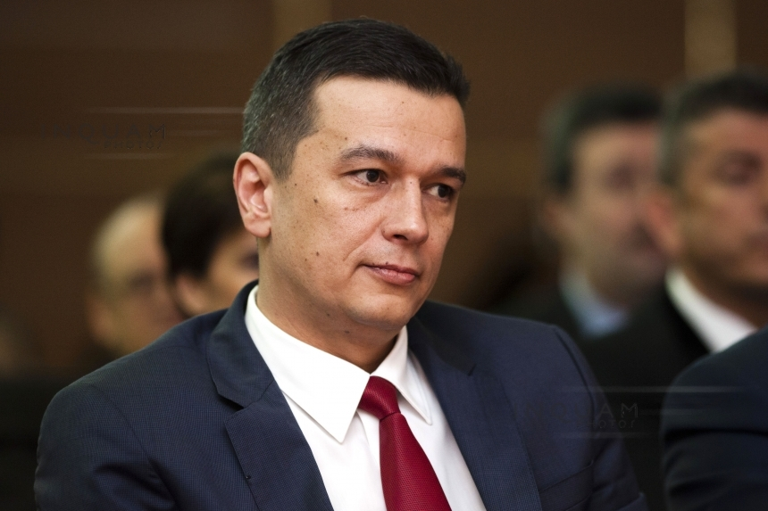 """Ex-PM Grindeanu says he lacked """"ass-kissing"""" to stay in office"""
