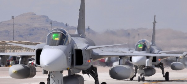 Bulgarian Defence Minister: Government to postpone talks on acquisition of new fighter jet