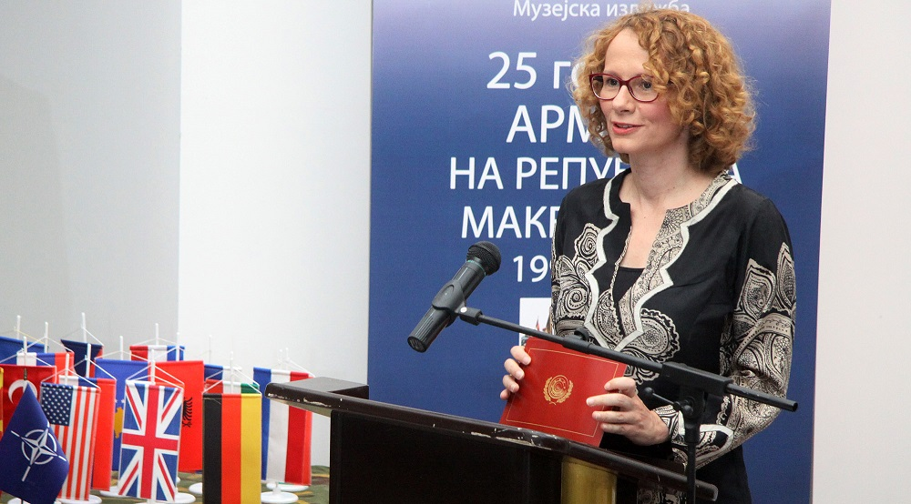 FYROM's Defence Minister: The country must become a NATO member as soon as possible