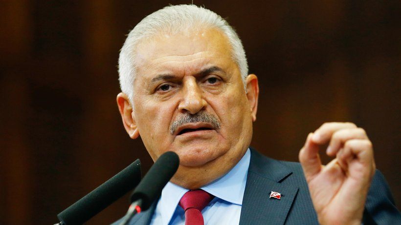 Yildirim: Turkey will defend its southern border