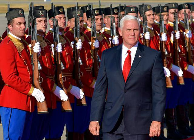 Serbian PM meets with US vice president in Podgorica