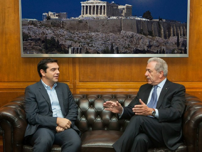 Alexis Tsipras receives EU Commissioner Avramopoulos