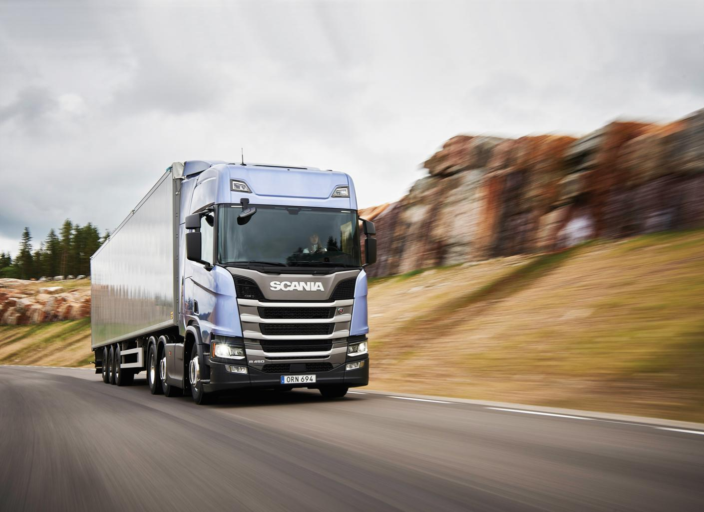 880 milions euro to Scania track company for cartel