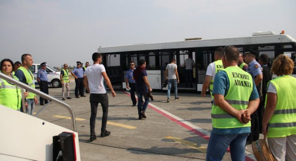 Campaign to deter people from seeking asylum in the EU is launched in Albania