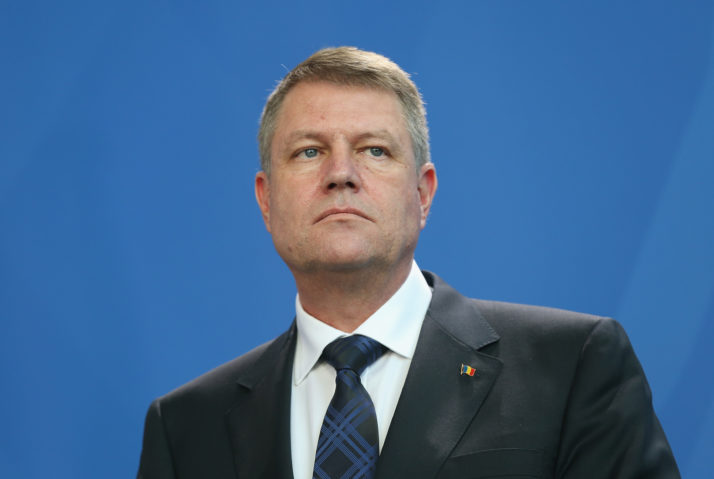 President Iohannis calls off visit to Ukraine due to row over education law affecting Romanian communities