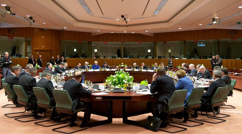 EWG delays approval of 800 million euro sub-tranche disbursement to Athens