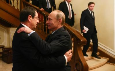 Anastasiades concludes visit to Russia, Putin suggests Cypriots find solution without foreign pressure