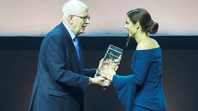 "Greek Katerina Stefanidi wins ""European athlete of 2017"" title"