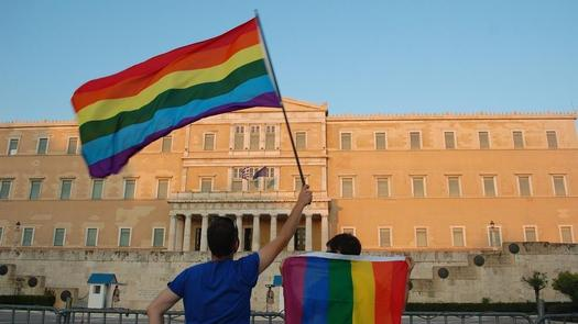 """Greek """"Yes"""" to gender-change bill, Article 3 on gender change age passed by Parliament"""