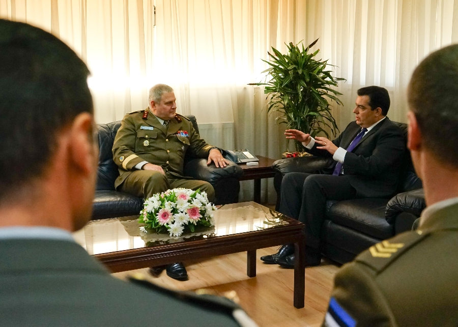 Minister Fokaides meets with Commander of Estonian Defence Forces