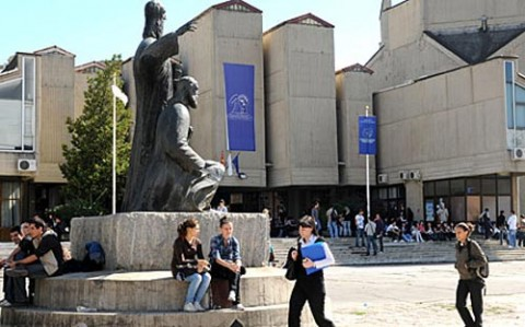 More than 60% of uni graduates from fYROM wish to emigrate